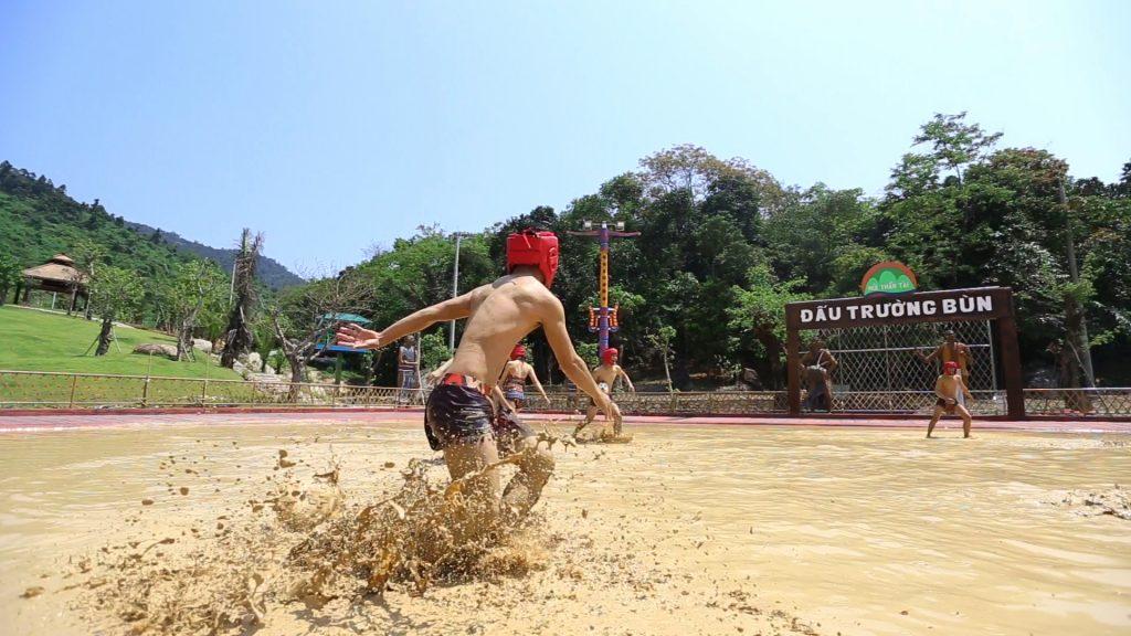 Đại Hội Bùn Đà Nẵng
