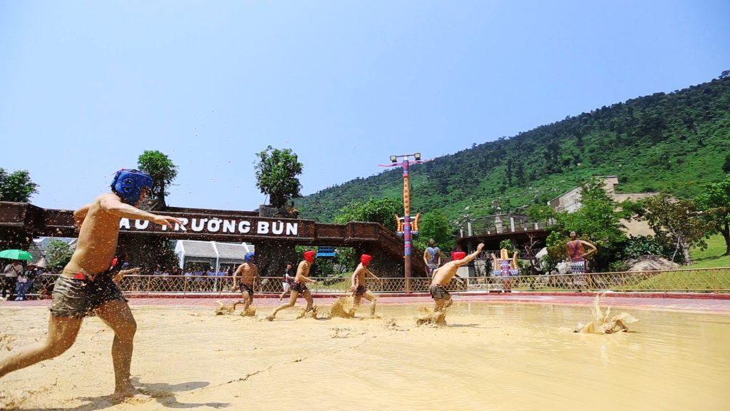 Đại Hội Bùn Núi thần tài Đà Nẵng