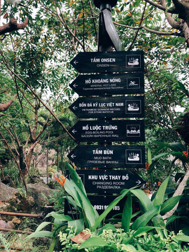 Chơi gì ở Núi Thần Tài - Kinh nghiệm du lịch Núi Thần Tài 1 ngày
