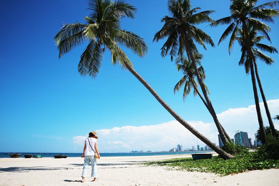 Bãi tắm Biển Mân Thái - Đà Nẵng