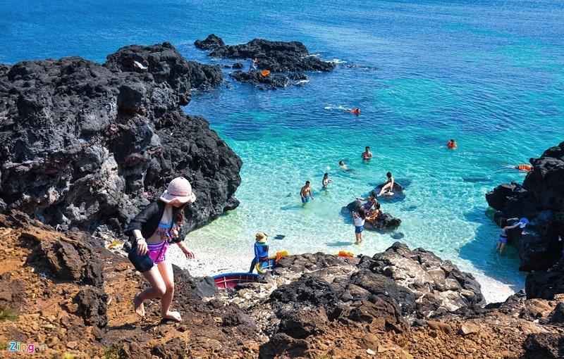 lặn ngắm san hô ở đảo bé